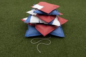 'Pillow Up' gemaakt van Facade-doek van Martijn Engelbregt